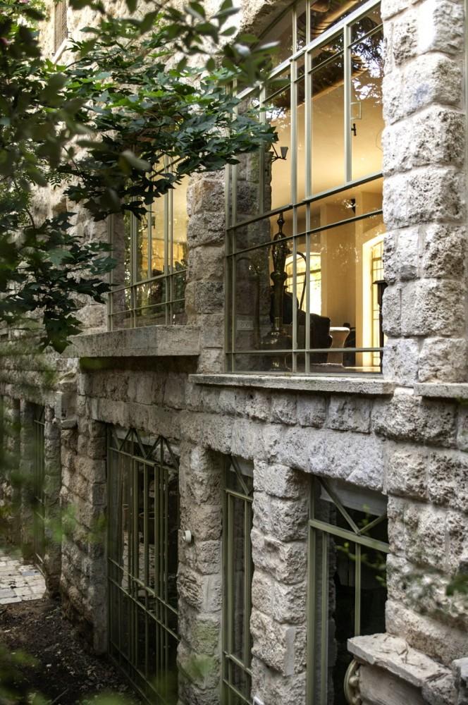 חלונות בלגיים - בית הכורכר