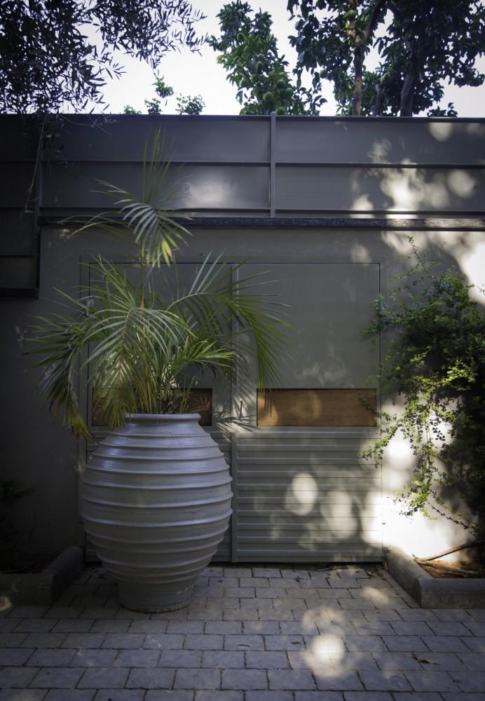 דלתות לפילר אשפה - ארטפרו בית בסביון