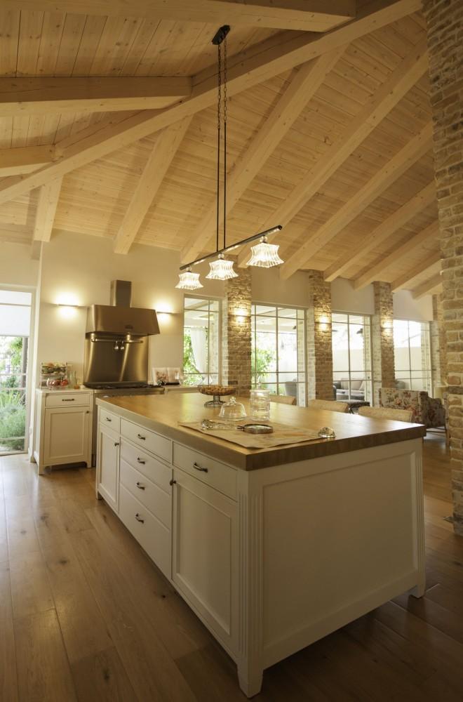 מבט מהמטבח אל הסלון - ארטפרו