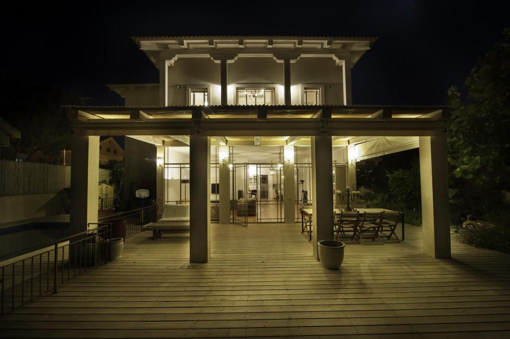 בית עדי בלילה – ארטפרו בית עדי