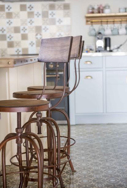 כסאות בר חלודים דגם טולדו