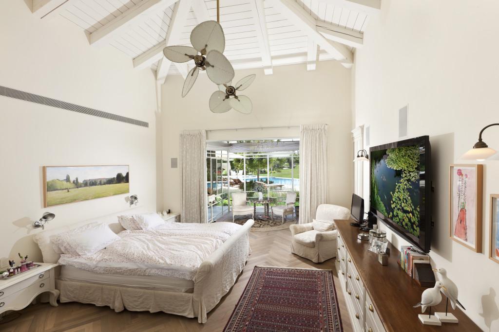 חדר השמש כחלק מחדר השינה – פרוייקט אחוזה ביישובי גדרות - ארטפרו