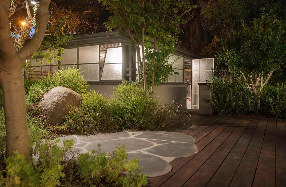 החניה פרופיל בלגי מזוגג בזכוכית רשת - ארטפרו בית בסביון