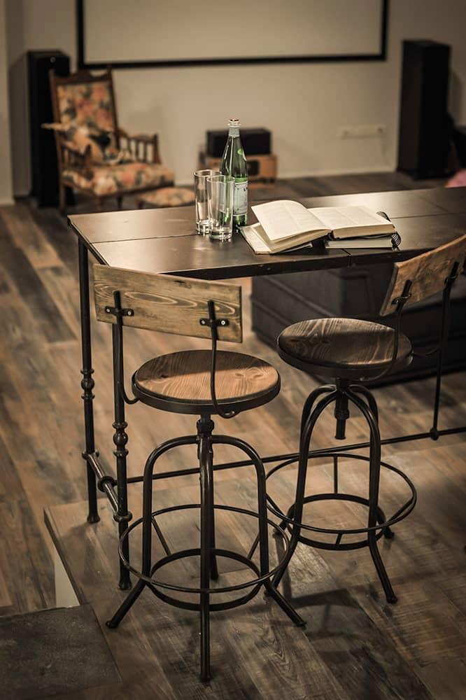 דלפק ברזל וכסאות דגם טולדו - ארטפרו בית בסביון