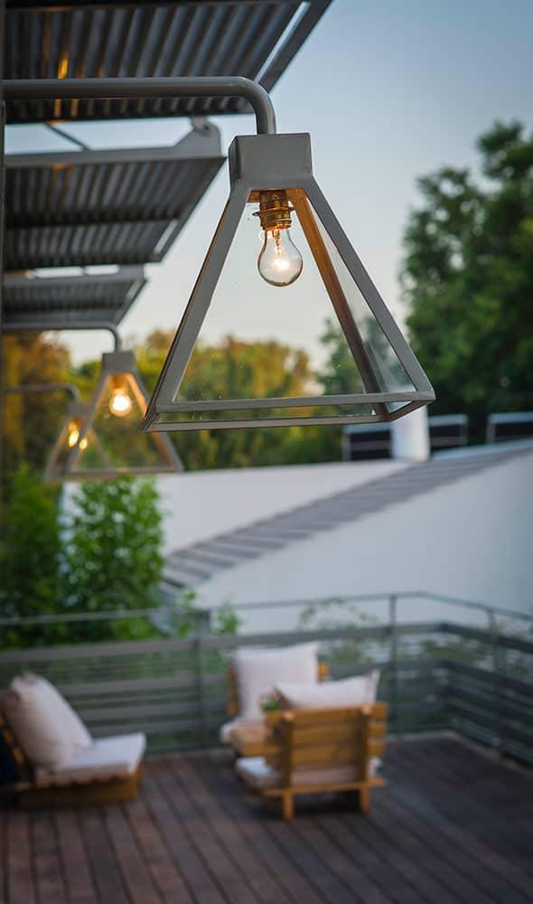 למפדה – מנורת קיר - ארטפרו בית בסביון
