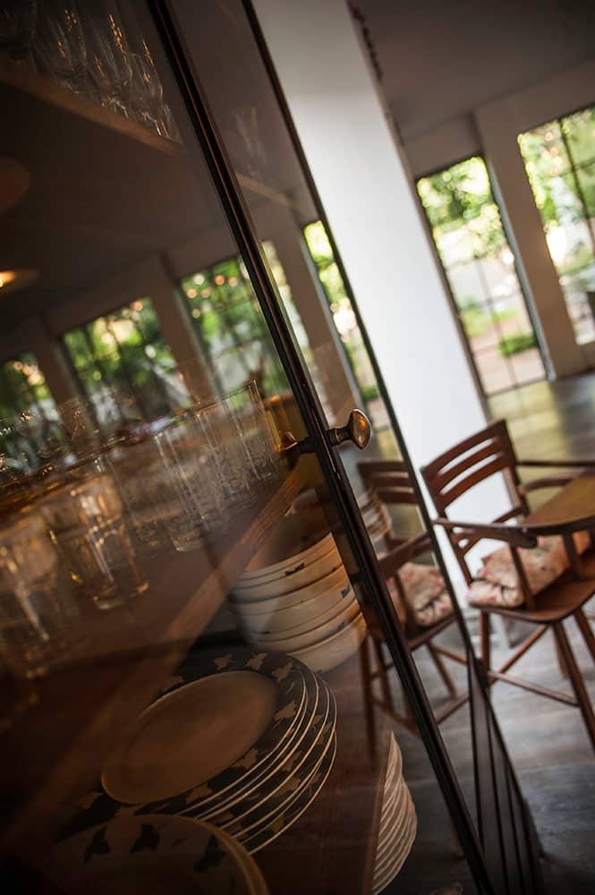 ארון הזכוכית – פרט - ארטפרו בית בסביון