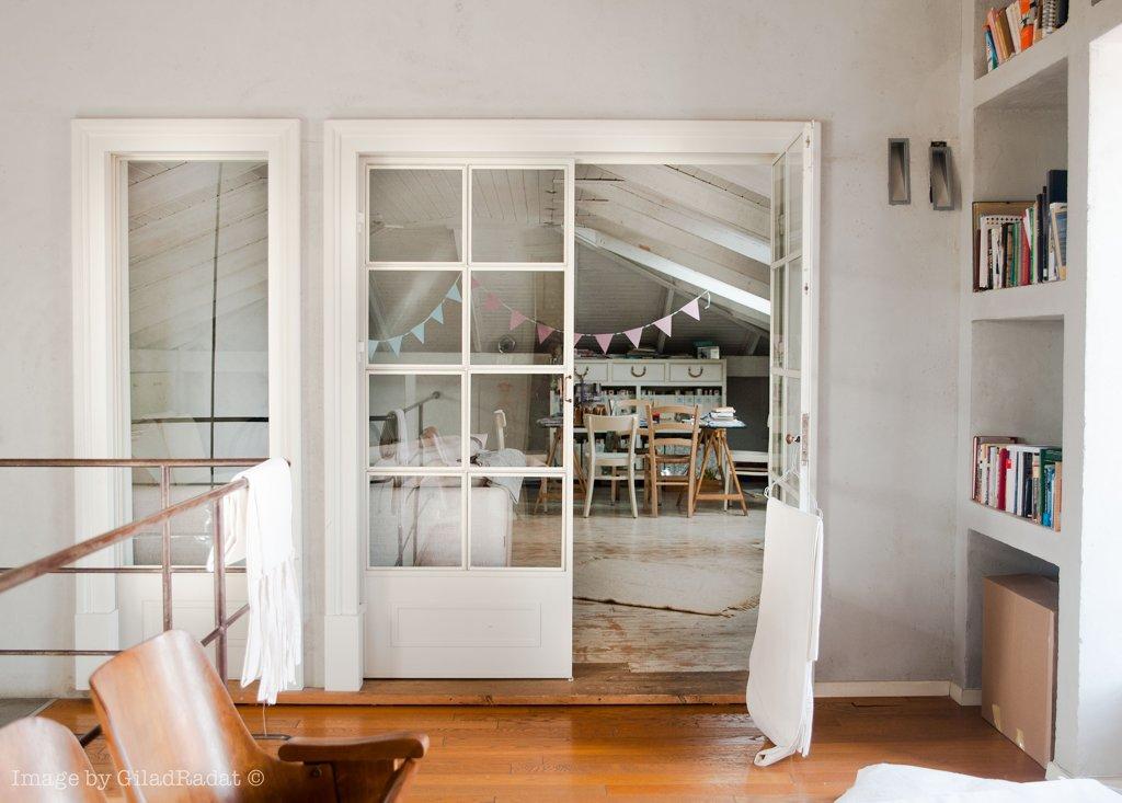 דלתות פנים מפרופיל בלגי בצבע לבן - ארטפרו