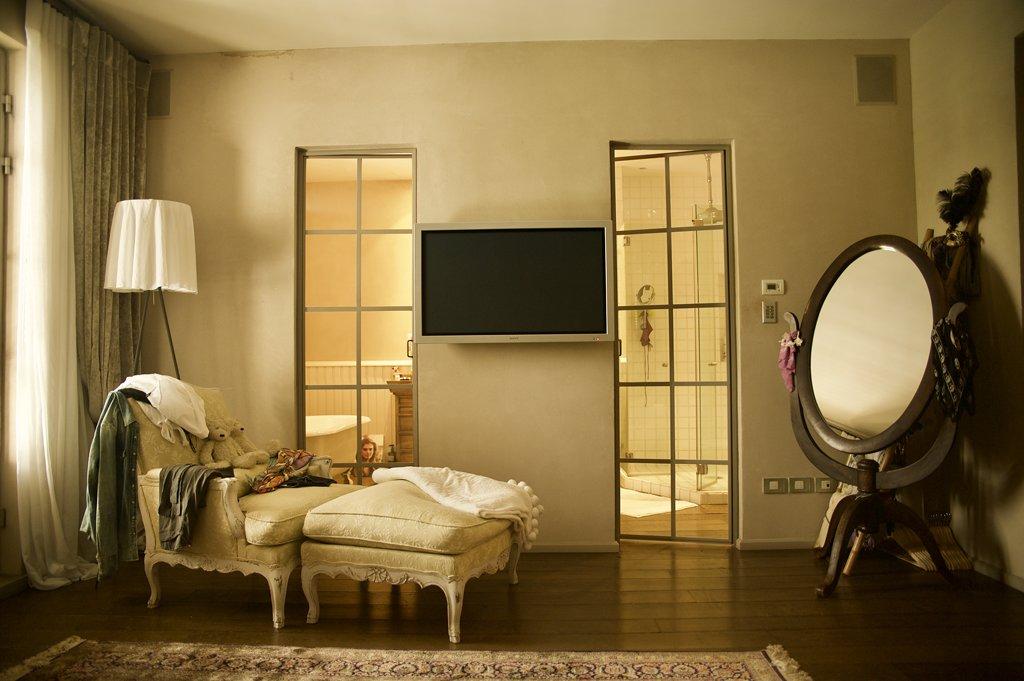 דלתות פנים מפרופיל בלגי בחדר שינה - ארטפרו