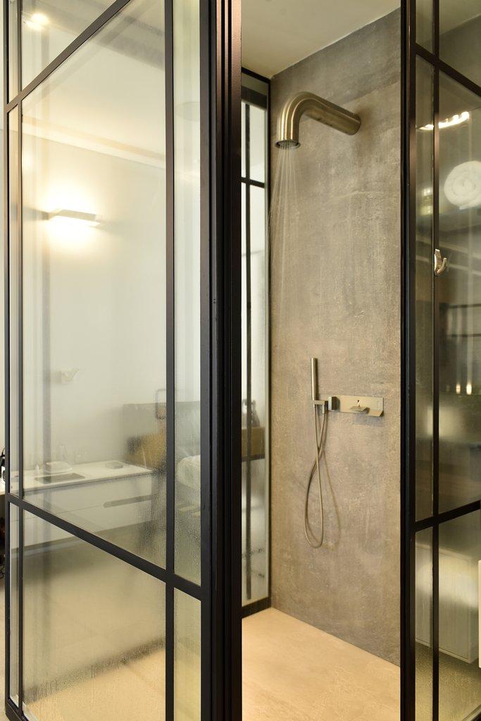 מקלחת מפרופיל בלגי מחיצה ודלת - ארטפרו
